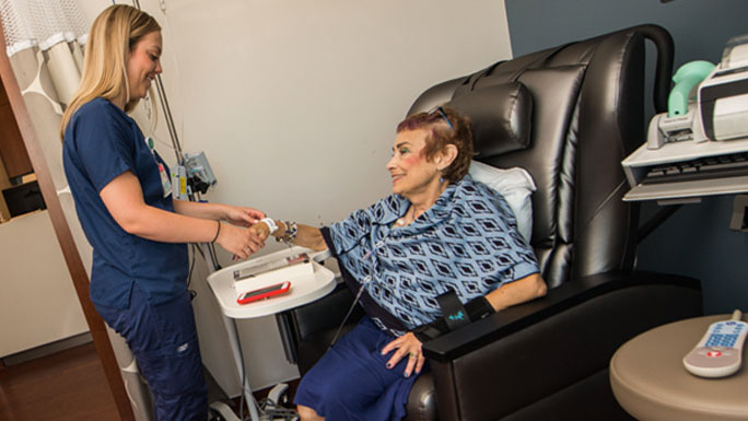 Chemotherapy suite at Orland Park location