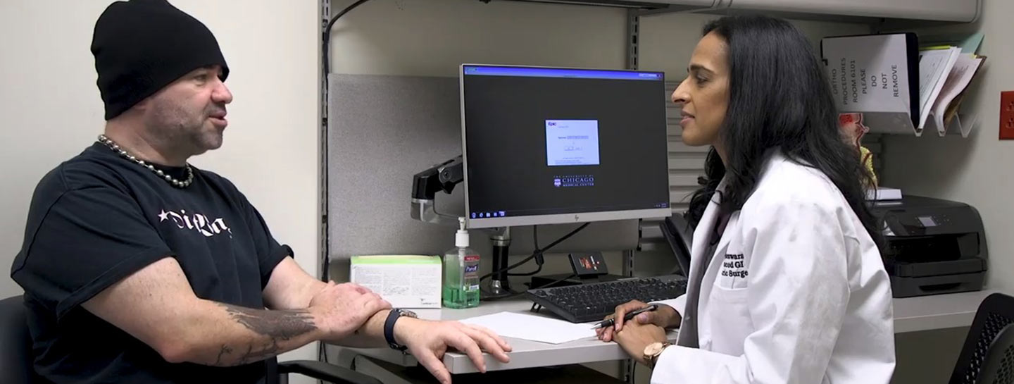 Dr. Vigneswaran with an anti-reflux surgery patient