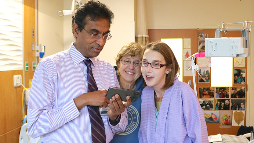 Dr. Valluvan Jeevanandam, MD, with Sarah McPharlin