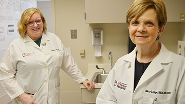 Cancer nurse navigators Mary Lappe and Tricia Heinlein
