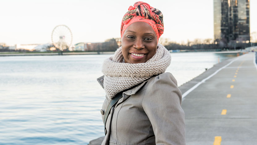 Shanette Caywood, breast cancer patient, at the Chicago lakefront