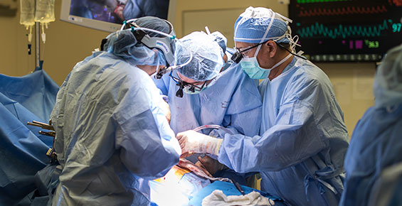 transplant surgeons at UChicago Medicine
