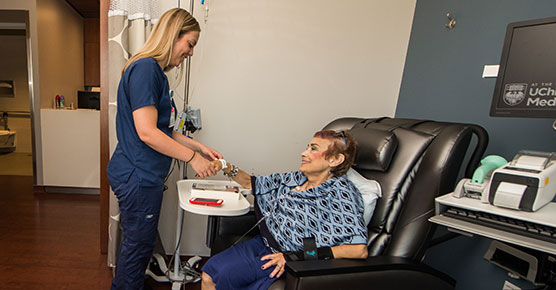 Diabetic patient receiving dialysis at Orland Park