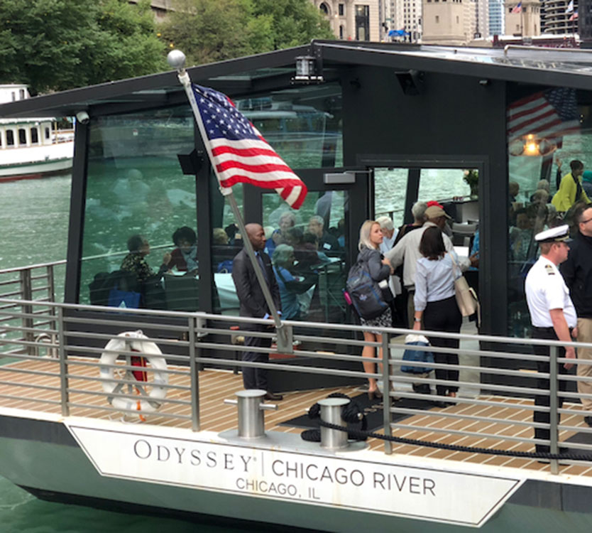 Image of Odyssey cruise ship on Chicago river
